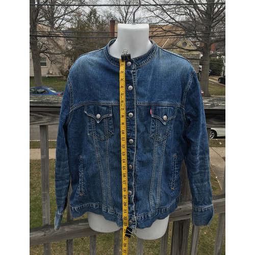Levis Strauss Womens Collarless Blue Denim Jean Jacket Blazer red tag length Large