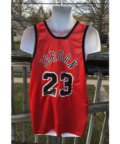 MICHAEL JORDAN CHICAGO BULLS VINTAGE HANES LIGHTWEIGHT REPLICA JERSEY 44 back