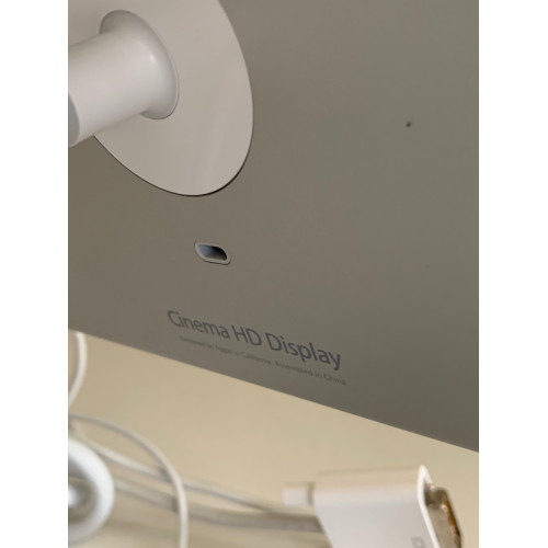 "Apple Cinema Display 23"" Aluminum A1082 M9178LLA"