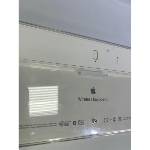 Apple Wireless Keyboard A1016 (2003)