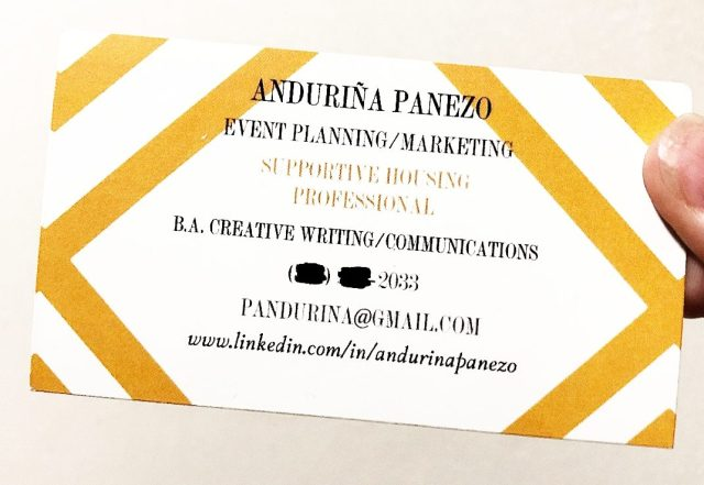 How to Make Your Business Cards Stand Out as a Student or Recent