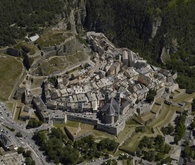 Transfers To Briancon Useful Information