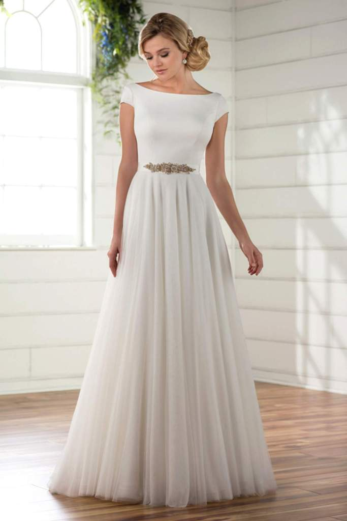 Style D2304 by Essense of Australia - Find Your Dream Dress