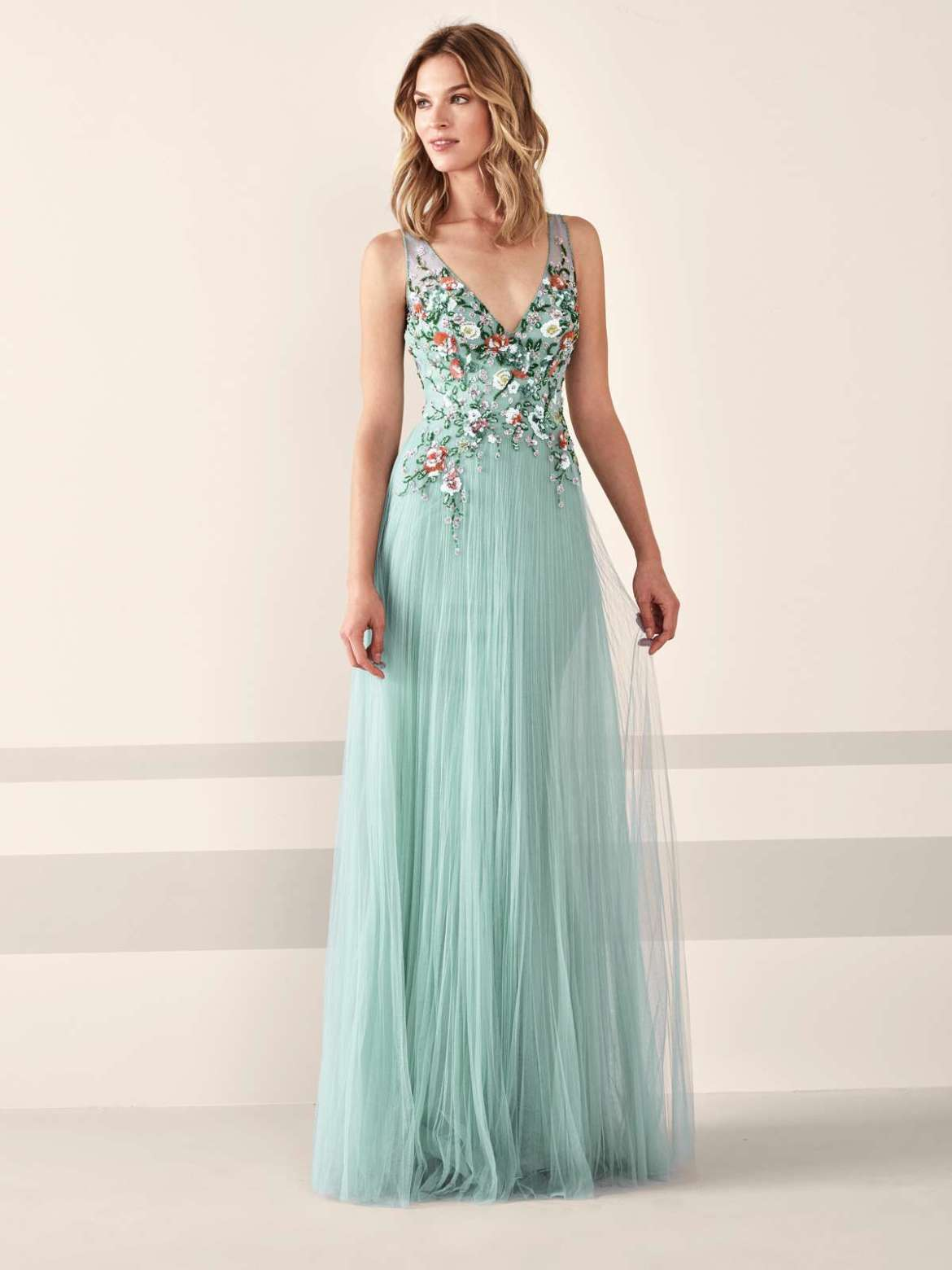 Gorgeous wedding guest dresses from Pronovias - Find Your Dream Dress