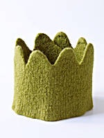 https://i2.wp.com/www.finecraftguild.com/wp-content/uploads/2010/10/halloween_felted_knitted_crown.jpg?w=775