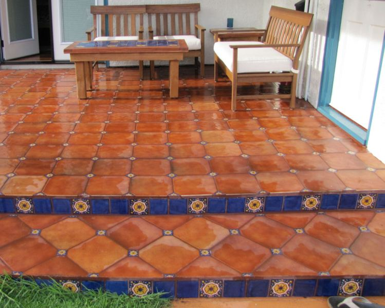 Mexican Floor Tile Combined With Talavera Tile Inserts  Mexican Home     Mexican Floor Tile Combined With Talavera Tile Inserts  Mexican Home Decor  Projects Gallery