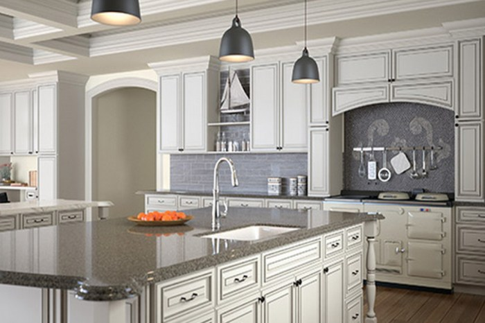 Fine line kitchen designs installs Forevermark Signature Pearl