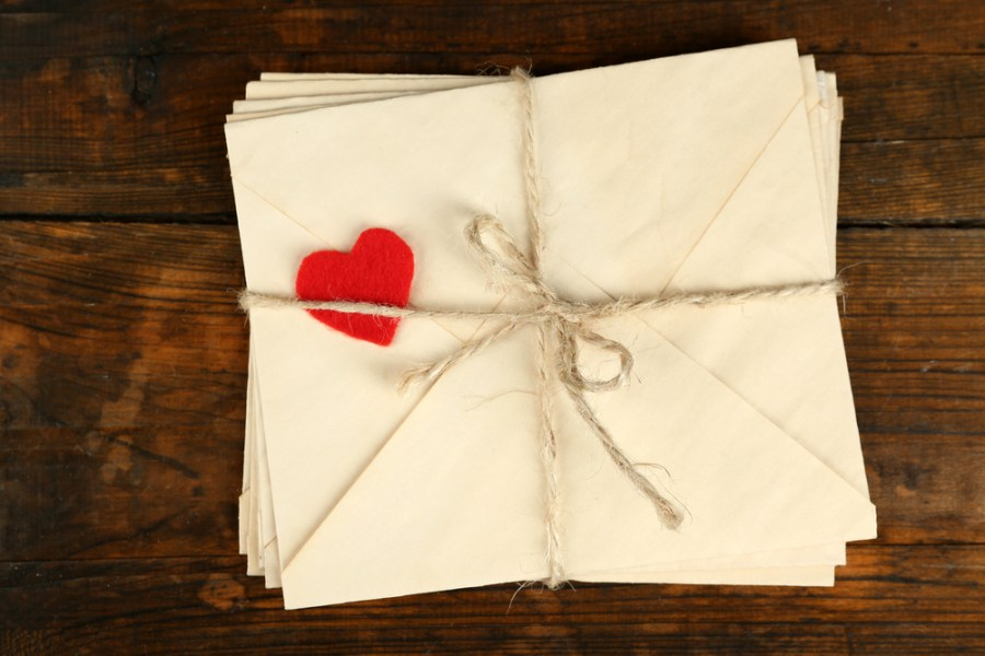 8 Tips for Writing a Captivating   Compelling Love Letter   FinerMinds Writing love letters