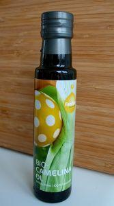 Ein absoluter Geheimtipp: Camelinaöl! Unbedingt zu Blattsalaten und Linsen (u.v.m.) probieren!!