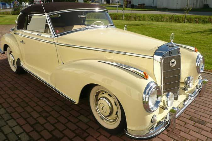 Oldtimer Mercedes-Benz 300 S Cabriolet zu verkaufen