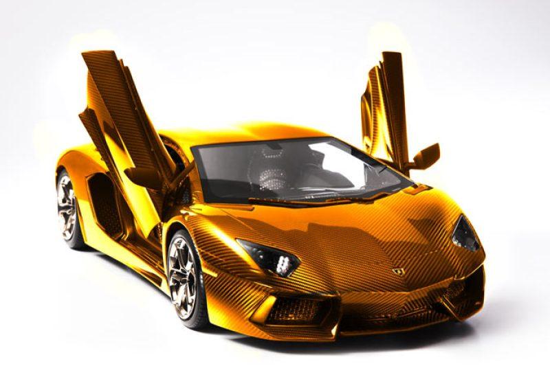 Das teuerste und edelste Modellauto der Welt - ein Lamborghini Aventador LP 700-4 aus Gold und Edelsteinen