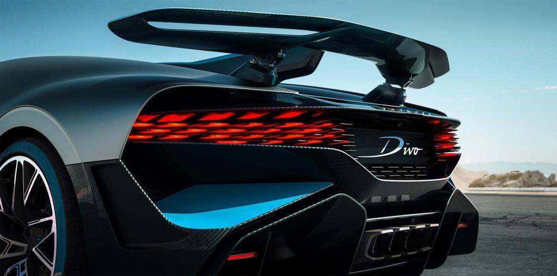 Bugatti Divo Heckansicht