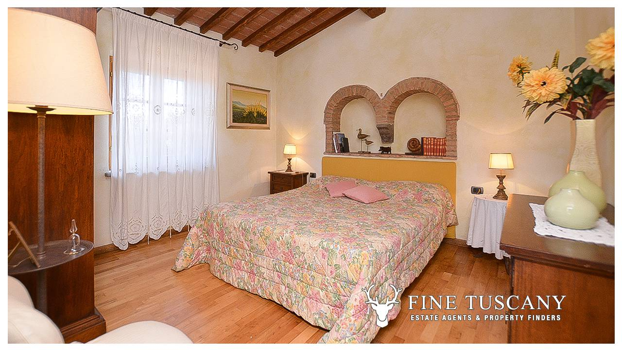 Stone Farmhouse With Guest Houses For Sale In Tuscany
