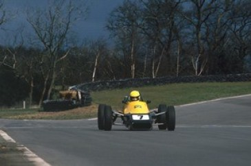 1981 British Formula Ford 1600 Championship. Mallory Park, England. 11th October 1981. Ayrton Senna da Silva (Van Diemen RF81), action. World Copyright: LAT Photographic. Ref: Colour Transparency.