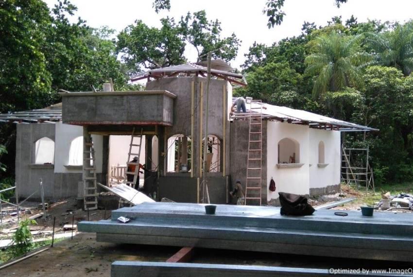 Retire in Costa Rica construction process