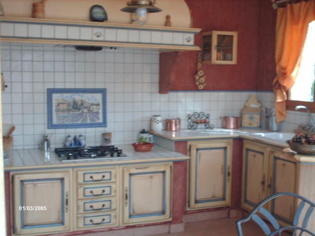 Cuisine Provencale En Chene Relookee A Alleins Finition Patine Et Relooking De Meuble A Aix En Provence Les Finitions De Provence