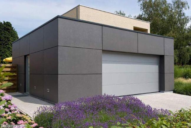 Garage mit Fassadenplatten grau