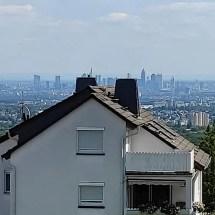 Fink Garage Aussicht auf Frankfurt am Main