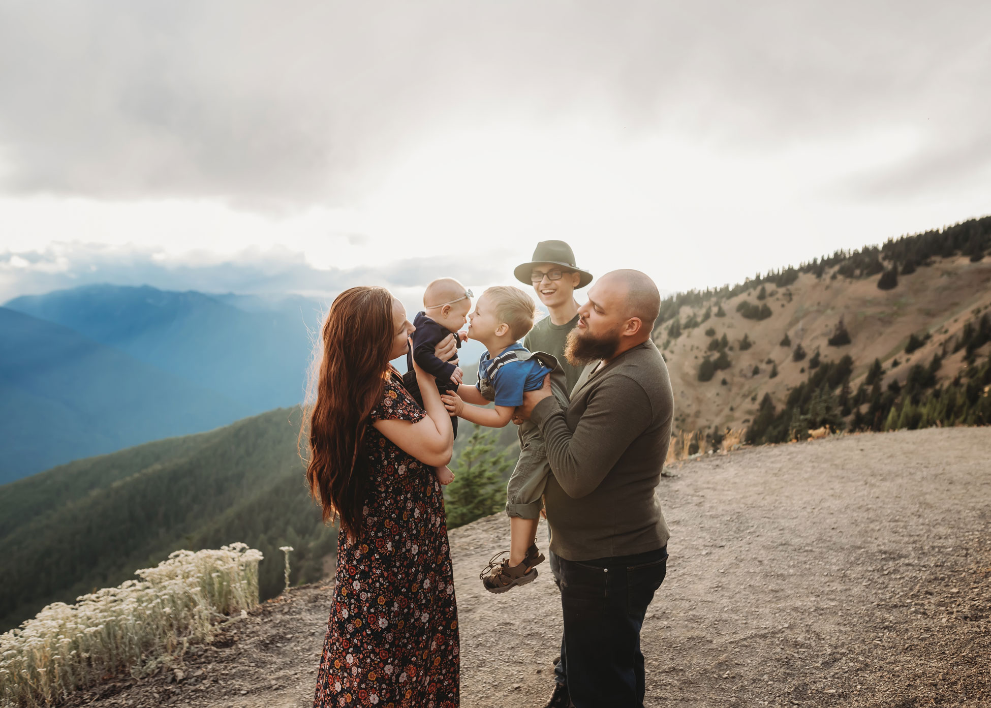 hurricane ridge family session in the sunset