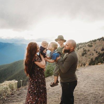Hurricane Ridge Family Session | Seattle Family Photographer