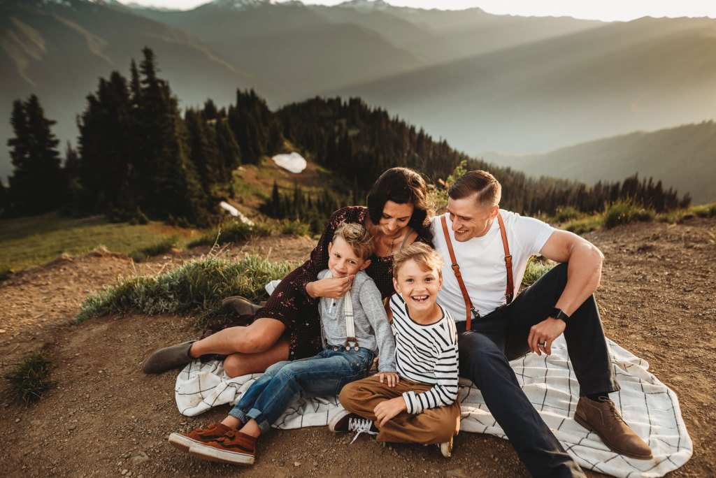 Seattle Adventure Family Photographer
