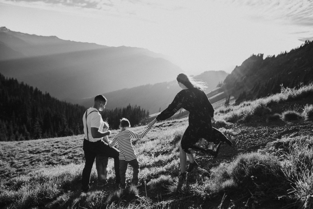 Seattle Adventure Family Photographer black and white sunset