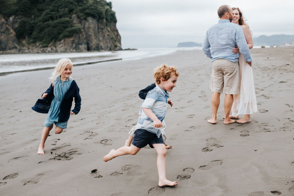 seattle family photographer ruby beach family session washington coast