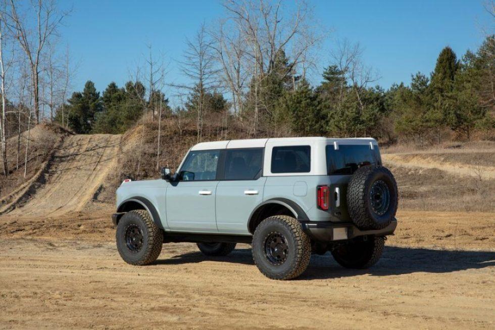 Ford Bronco porte Fioravanti Motors