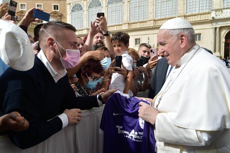La Fiorente Colognola benedetta da Papa Francesco