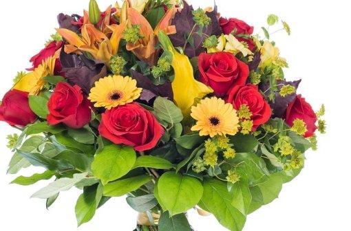 zoom del mazzo di fiori per anniversario colorato