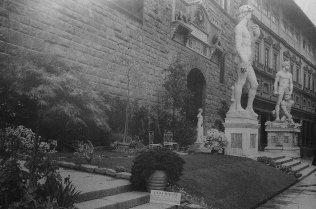 realizzazione floreale inPalazzo Vecchio a Firenze