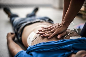 Italia crea la Ley del Buen Samaritano con el uso del Dea