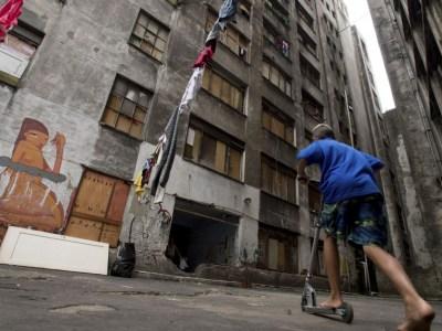 Mantido ritmo de obras, SP só resolverá falta de moradia em 2025