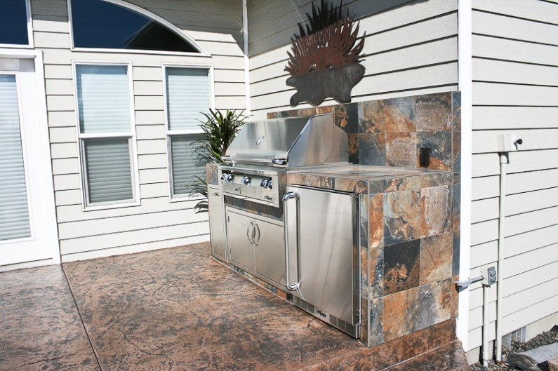 fire-and-water-outdoor-kitchen-38