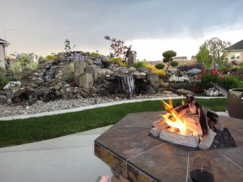 fire-and-water-outdoor-kitchen-40