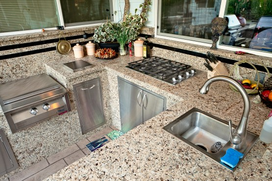 fire-and-water-outdoor-kitchen-63