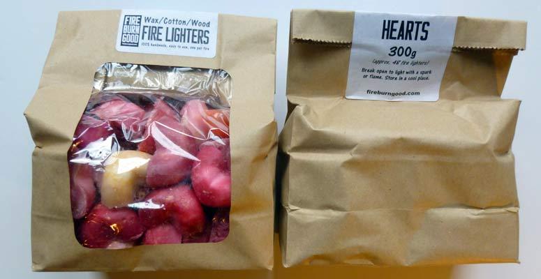 Deluxe hert-shaped fire lighters