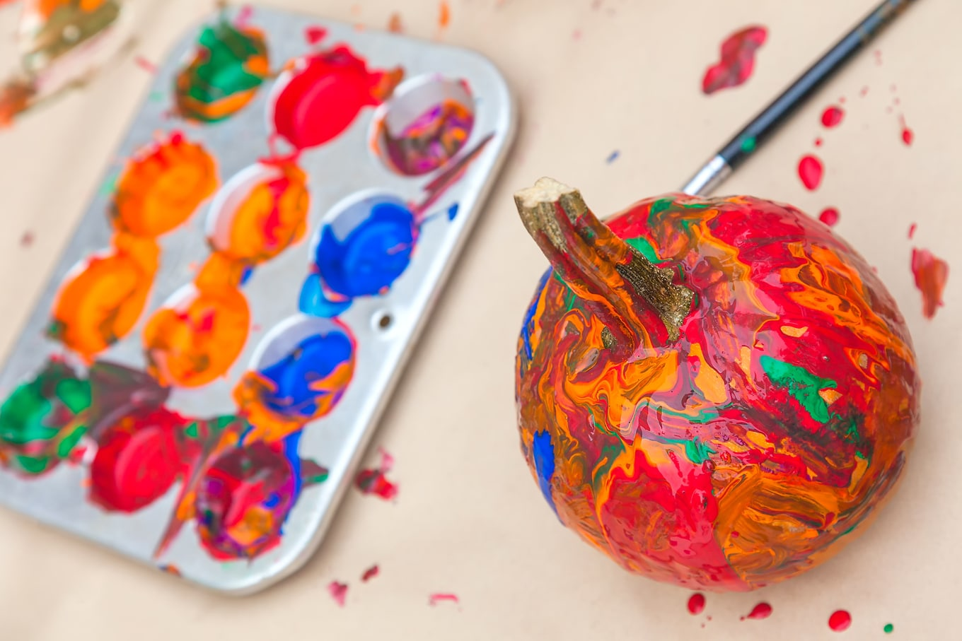 Painting Pumpkins for Simple Fall Fun
