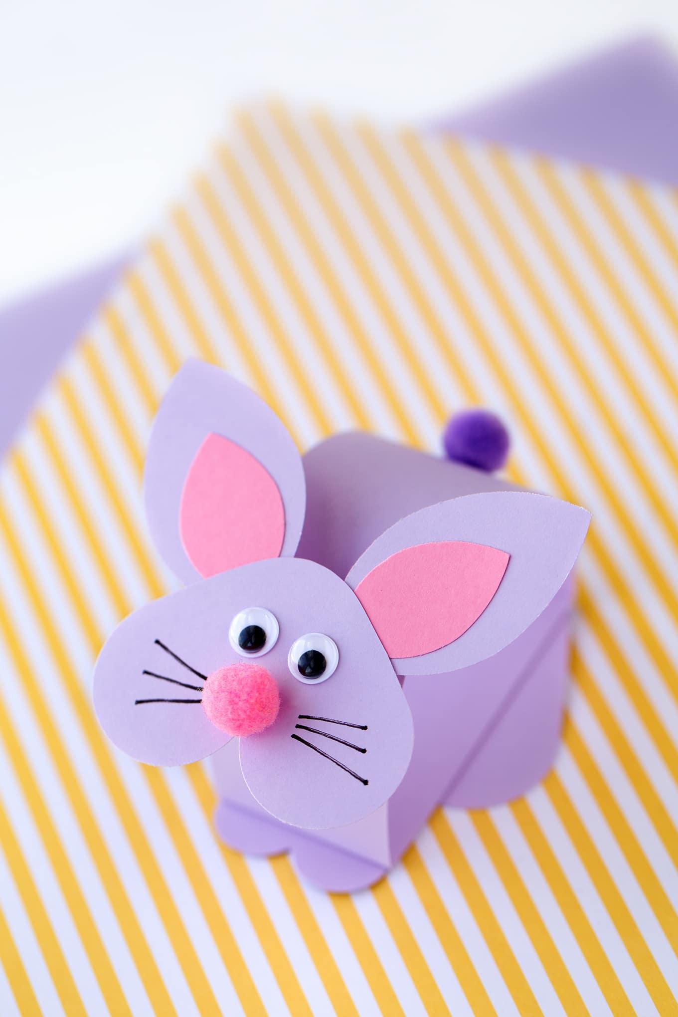 Easy and Fun Bobble Head Bunny Craft