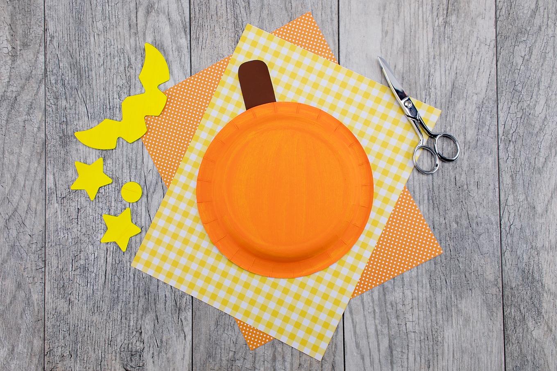 Paper Plate Pumpkin In-Process
