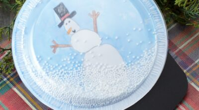 Plastic Plate Snowglobe