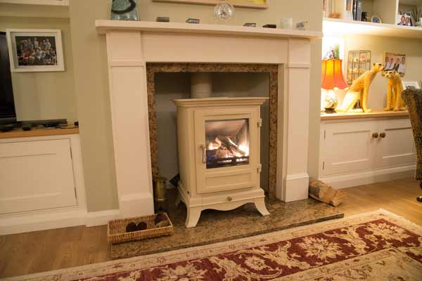 Chesney's Beaumont 6 Gas Stove in Parchment