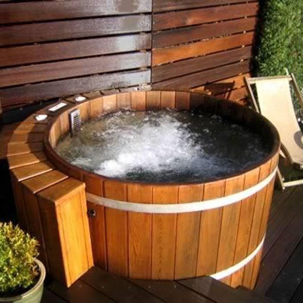 Northern Lights Cedar Wood Hot Tub