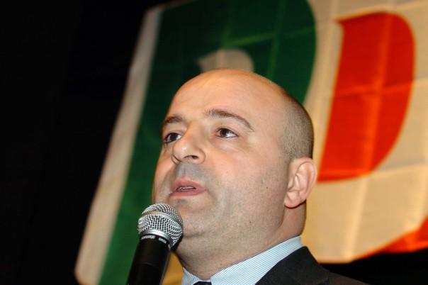 Anche Andrea Manciulli apre al disagio grillino