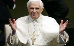 Il Papa si dimette. Betori: accoglienza nell'obbedienza