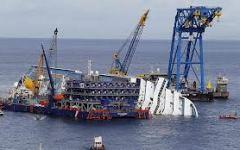 Disastro Concordia, il mare è in buono stato