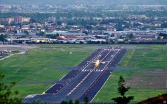 """Firenze aeroporto: sì del Consiglio regionale alla nuova pista (2.400) anche se Rossi raccomanda il """"parco della piana"""""""