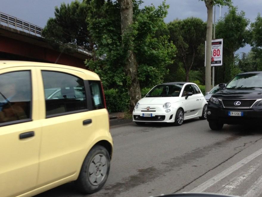 Via Pistoiese: da ieri traffico in tilt per i lavori di riasfaltatura