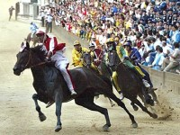 Il Palio di Siena torna il 16 agosto dedicato all'Assunta