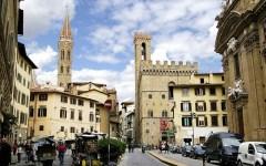 Piazza San Firenze cambia volto: da domani diventa pedonale
